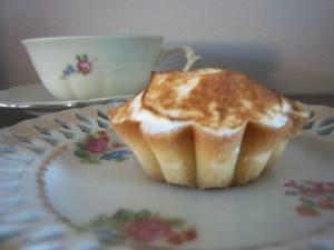 Citroen-merengue taartje